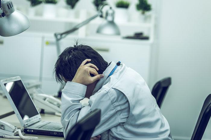 無職または非正規雇用の30代後半~40代