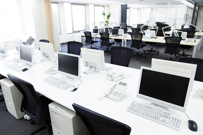 広々とした清潔感あるオフィス